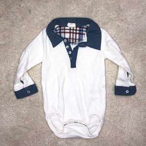 H&M boys long sleeve bodysuit Size 4-6M